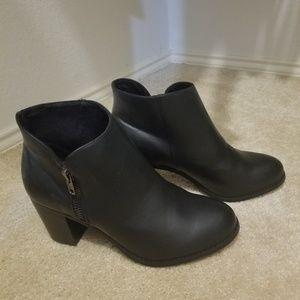 Torrid Black Side Zip Ankle Booties